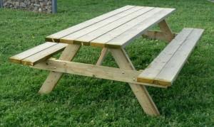 bus_picknick_tafel